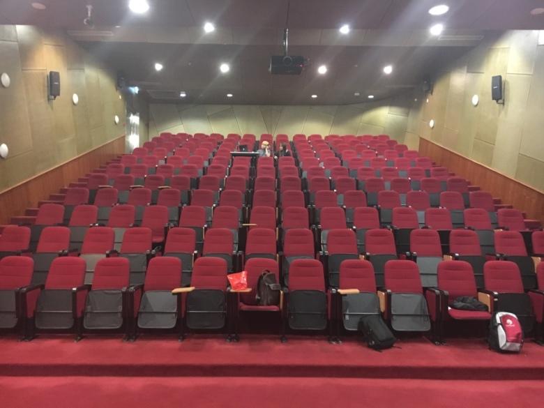 melb-theatre-dialogue